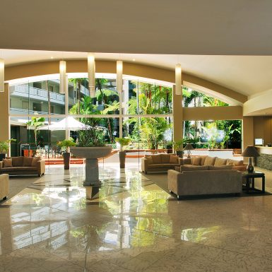 01 - Holiday Inn Cairns - General Lobby